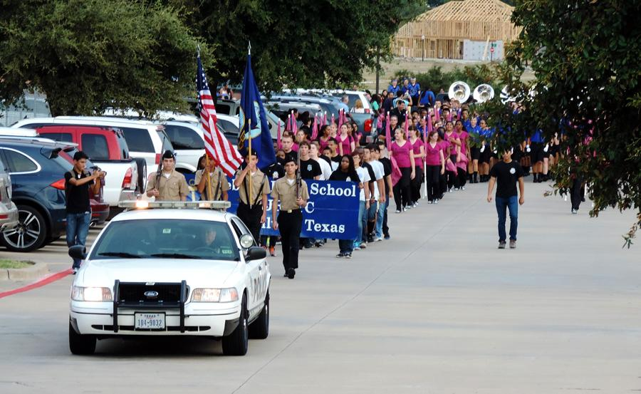 Photo Gallery: Homecoming Parade 2014-2015