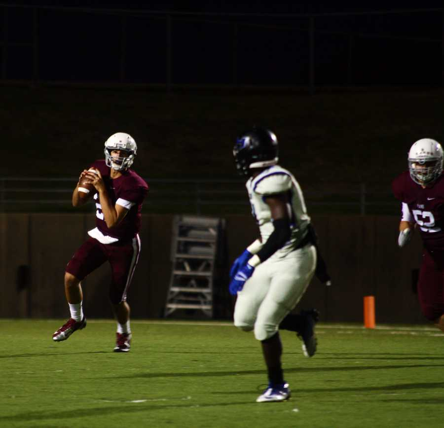 Plano gets ready to thro the ball, a play that ends up in a wildcat touchdown.
