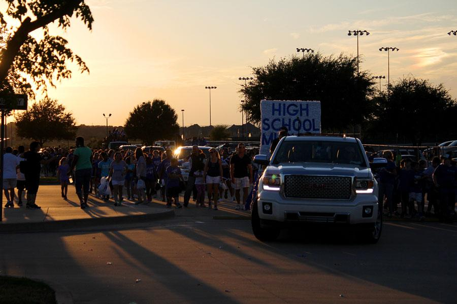 Photo+Gallery%3A+Homecoming+Parade+2015-16