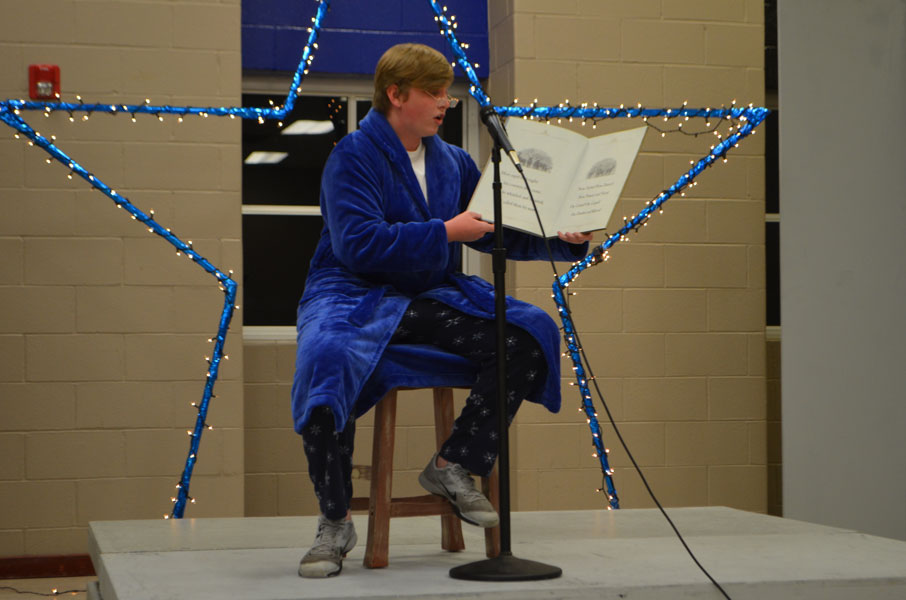 Andrew Hardaway reads Twas the Night Before Christmas.