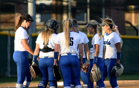 Varsity softball finishes season after first-round playoff loss