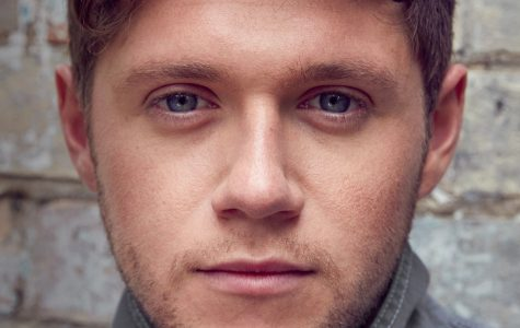 "Niall Horan breaks away with ""Flicker"""