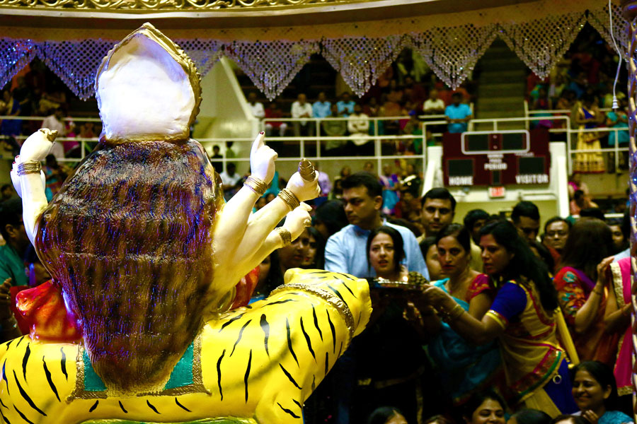 Aarti, a part of worship, is performed for Goddess Durga after Garba before Dandiya Raas starts.