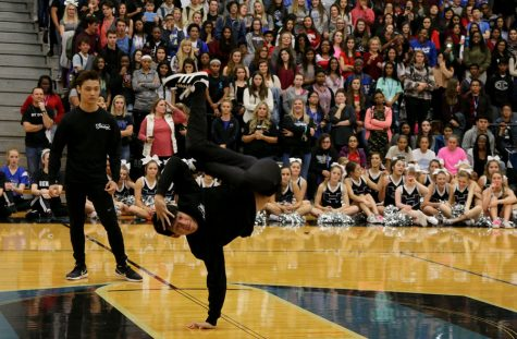 Photo Gallery: Pep Rally 11/10