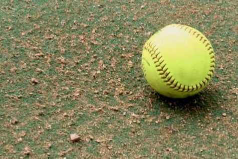 DeLoach's arm, bat power Hebron to 8-0 rout
