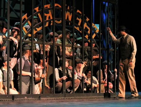 "Photo Gallery: ""Newsies"" dress rehearsal"