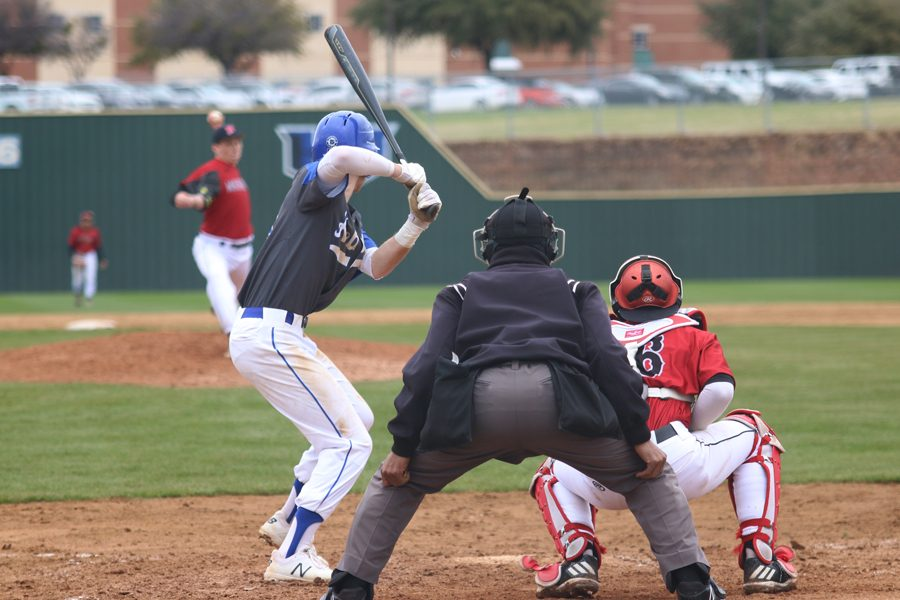 Baseball to host Lewisville-Hebron tournament
