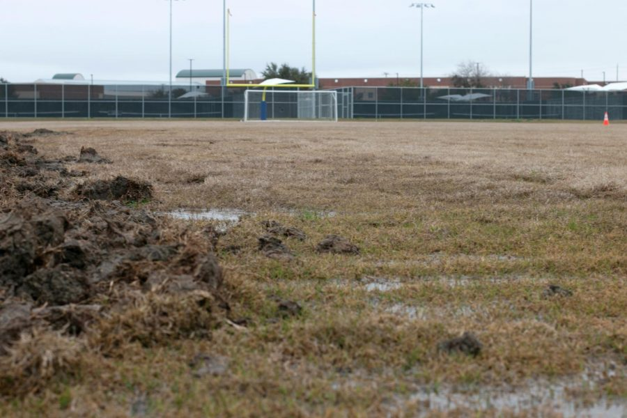 After+rain+and+construction%2C+the+old+practice+fields+are+in+poor+condition+and+remain+unused.+The+main+stadium+field+space+has+been+taken+by+the+varsity+soccer+teams%2C+forcing+the+JV1+and+JV2+teams+to+change+their+practice+schedule.+%E2%80%9CVarsity+has+got+to+get+their+practice+and+field+time+in%2C%E2%80%9D+Zimmerman+said.+%E2%80%9CSo+if+anything+is+going+to+get+sacrificed%2C+it%E2%80%99s+going+to+be+JV2+and+JV1.+I+think+more+than+anything+else%2C+it%E2%80%99s+going+to+hurt+them.%E2%80%9D