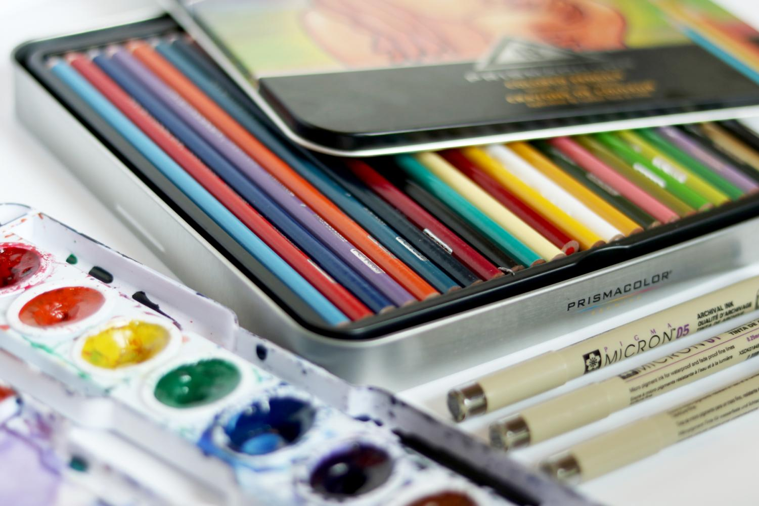 Art teachers to hand out art kits Tuesday