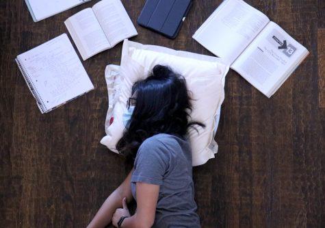 Opinion: School is not worth losing sleep over