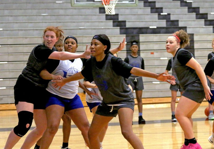 Senior Camille Thomas guards an inbound pass during practice on Sept. 22. The team practices every day after school from 4 p.m. to 6 p.m.