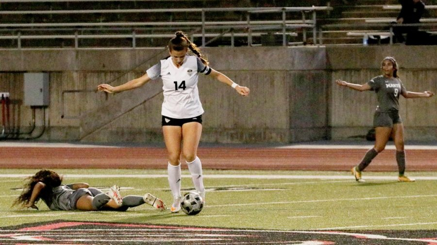 Photo Gallery: Girls soccer vs. Arlington Martin in Area